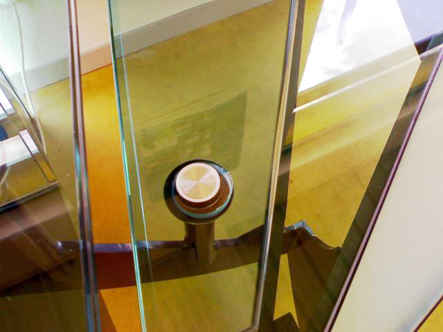 escalier-marches-verre