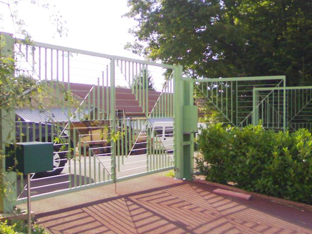 portail-acier-laqué